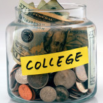 5 Tips for Living a Fun College Lifestyle and Staying out of Debt