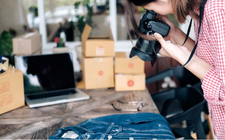 Poshmark Review: Is It Worth It to Buy and Sell Used Clothes?