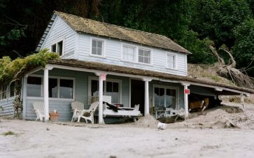 Rundown beach house that was once a timeshare